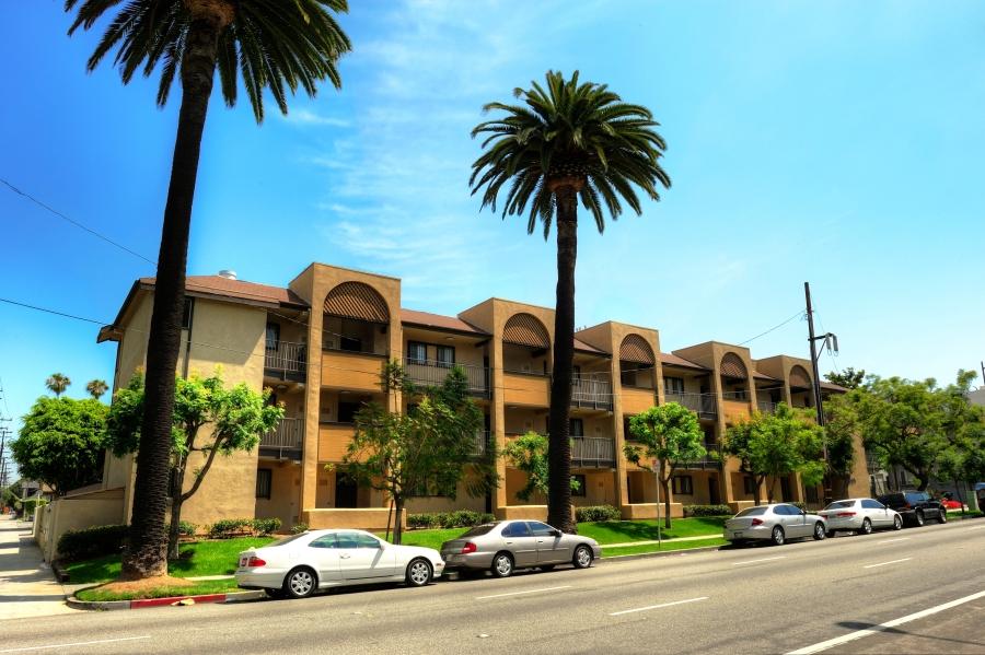 Beachwood Apartments Long Beach Las Palmas Housing